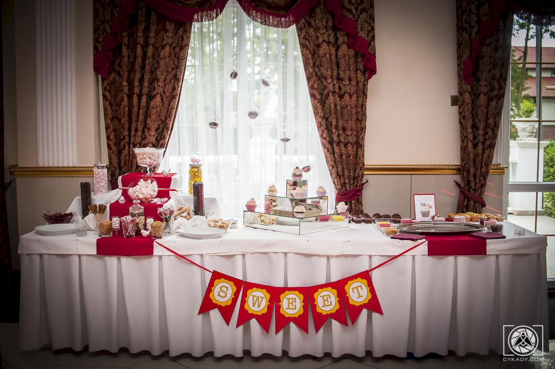 Słodki Stół na wesele candy bar
