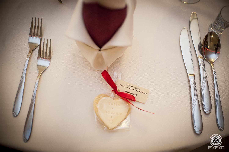 ciaseczka prezenty dla gości weselnych