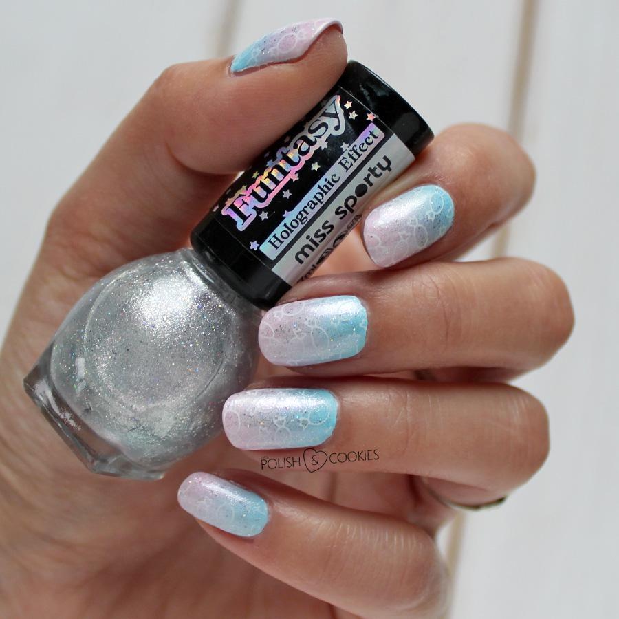 paznokcie gradient ombre niebieskie różowe stemple