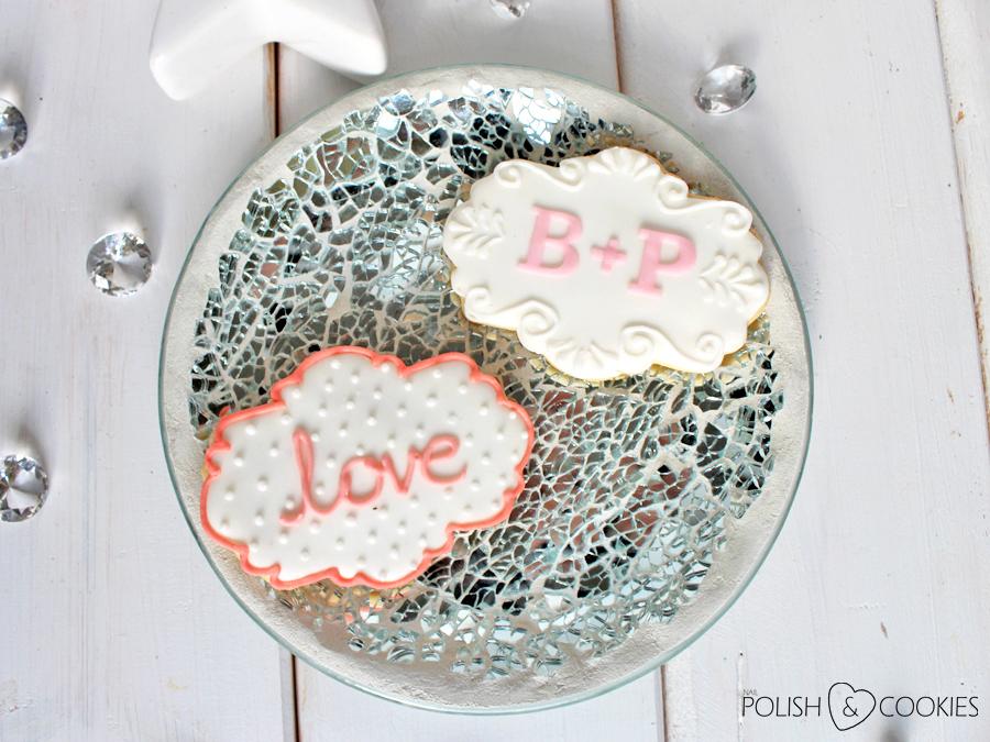 ciasteczka weselne na prezent białe z imionami inicjałami