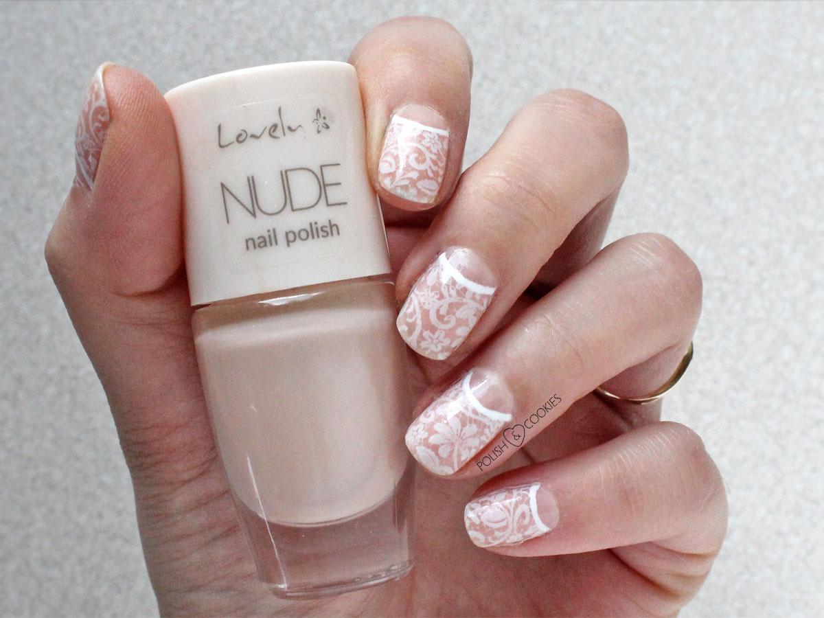 koronkowe paznokcie stemple białe