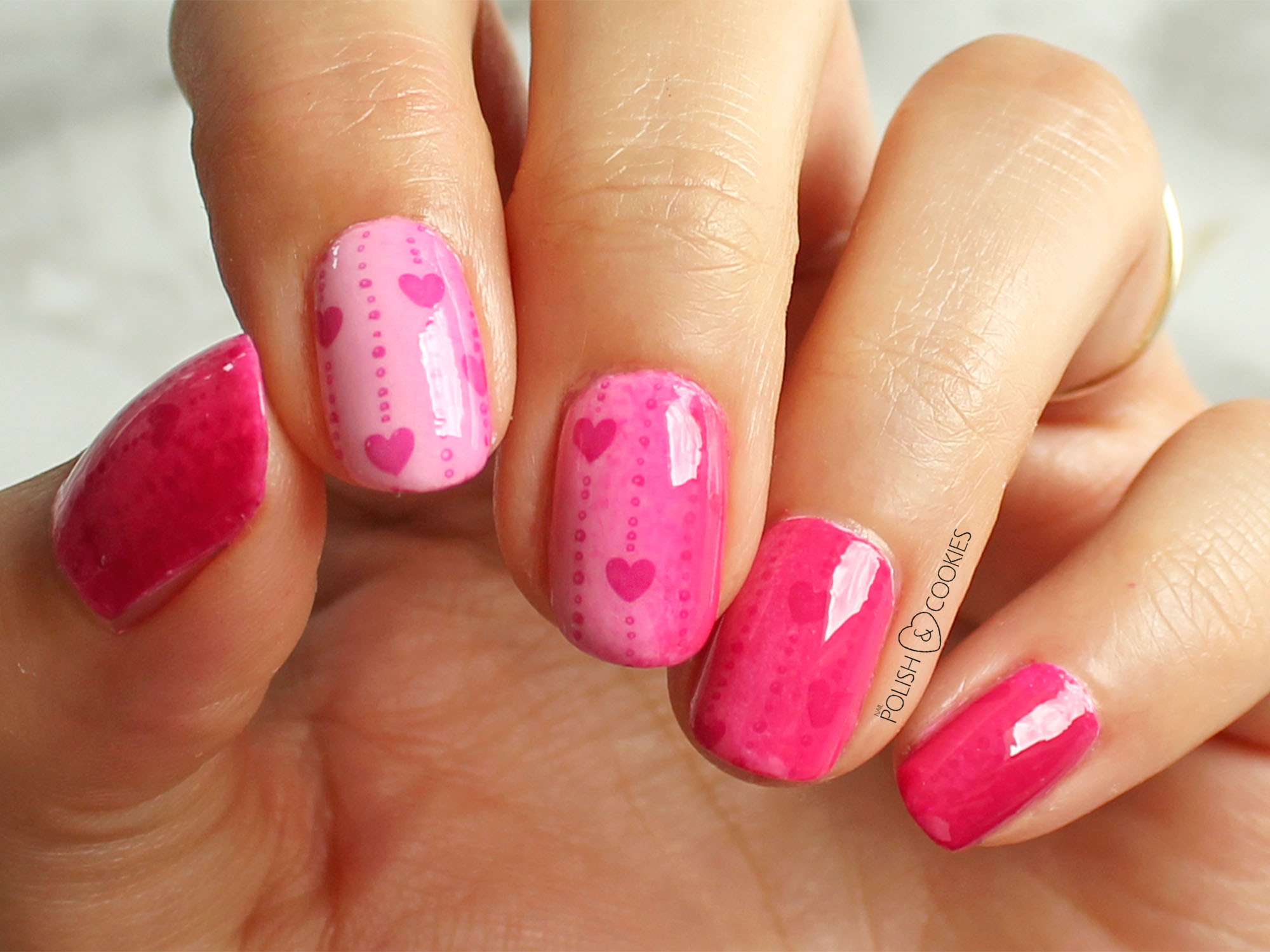 paznokcie stemple różowe