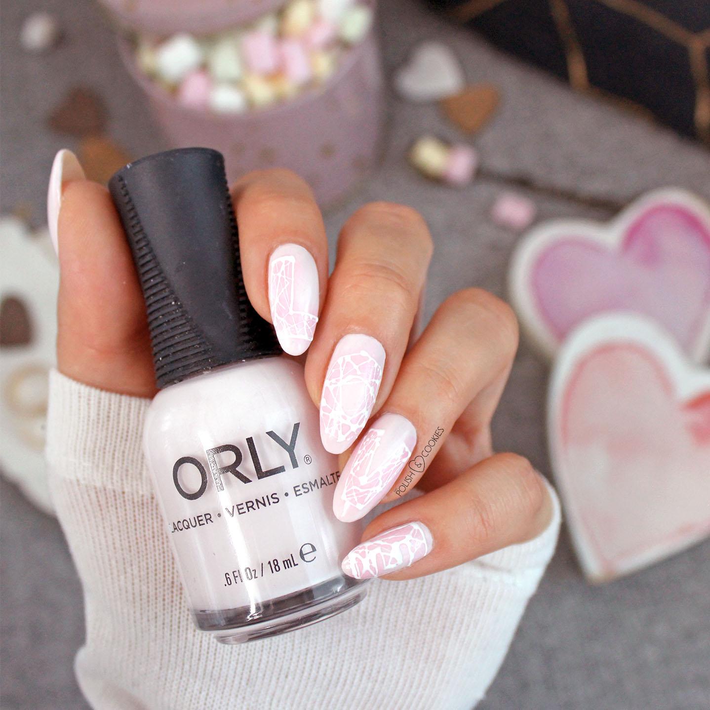 paznokcie rozowe love